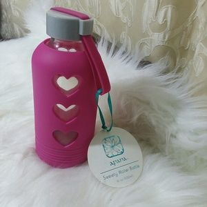 Other - Pink Heart  Glass Water Bottle 16 oz
